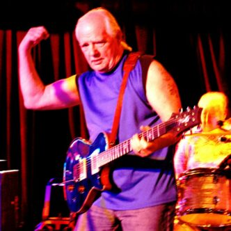 BUGS HENDERSON – Wears his blues on the sleeve of his lastest CD