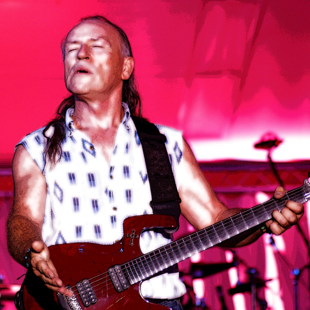 MARK FARNER PLAYING LIVE IN LEWISTON, IDAHO ON 8-22-09. PHOTO BY BEN UPHAM. MAGICAL MOMENT PHOTOS.