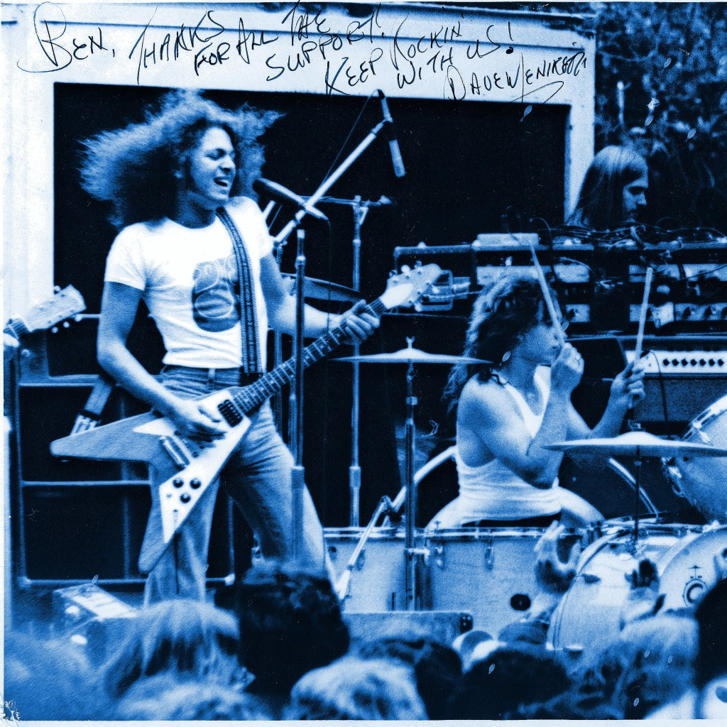 DAVE MENIKETTI AND LEONARD HAZE OF YESTERDAY AND TODAY PERFORMING LIVE AT GOLDEN GATE PARK IN SAN FRANCISCO, CA. ON 4-18-75. PHOTO BY BEN UPHAM. MAGICAL MOMENT PHOTOS.